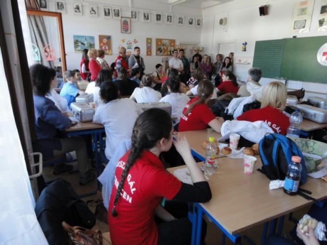 Ezüstérmek a Magyar Vöröskereszt versenyén