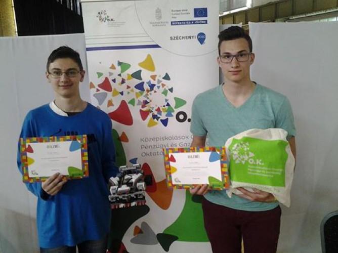 Sikerült a címvédés a Millenárison, a LEGO Szumó robot verseny országos döntőjén